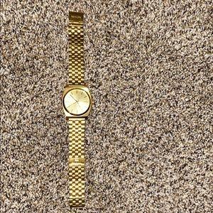 Gold Nixon Timeteller Watch